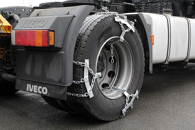 Цепи на колеса для грузовиков. Цепи на колеса грузовика по асфальту, льду и сугробам